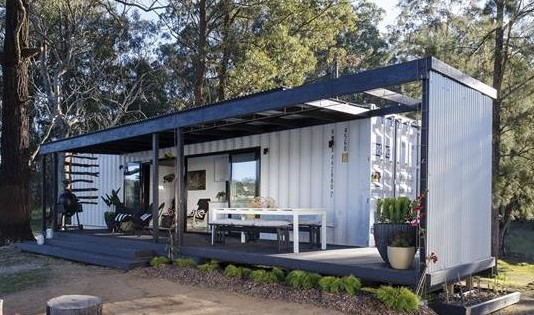 stylish-container-home-1-960x570-1
